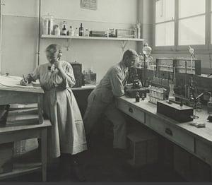 Das Labor der HOCHDORF-Gruppe in den 1920er-Jahren