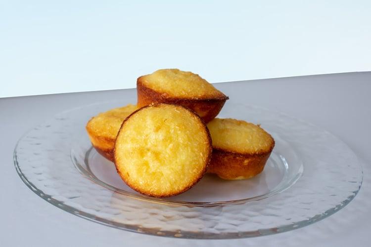 Mini Coconut and Condensed Milk Cakes